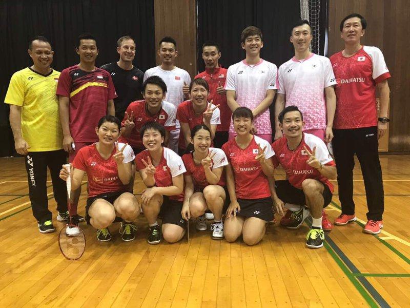 Sport Tweets Bertemu Di Jepang Lee Chong Wei Reuni Dengan Taufik