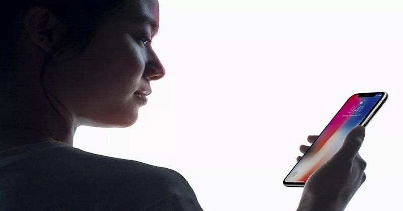 Edward Snowden Khawatir soal Teknologi Face ID iPhone, Kenapa?