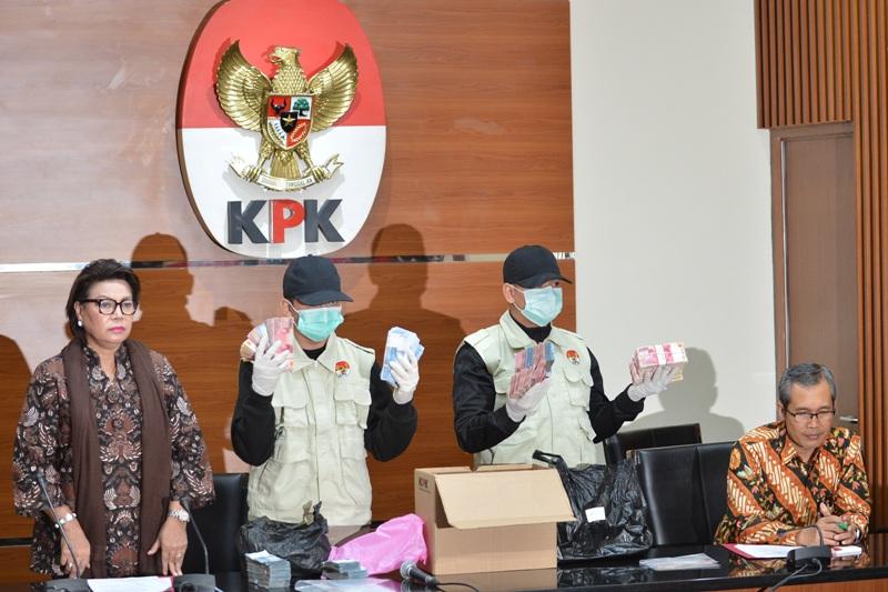 Konferensi pers KPK hasil OTT Bupati Batubara OK Arya (Wahyu/Antara)