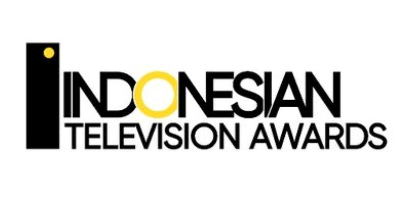 https: img.okezone.com content 2017 09 21 598 1780132 ita-2017-daftar-lengkap-para-pemenang-indonesian-television-awards-2017-sW9SpJr8M8.jpg
