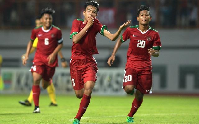 Manfaatkan Umpan Tarik Supriadi, Sepakan Kaki Kanan Zico Bawa Timnas Indonesia U16 Menjauh