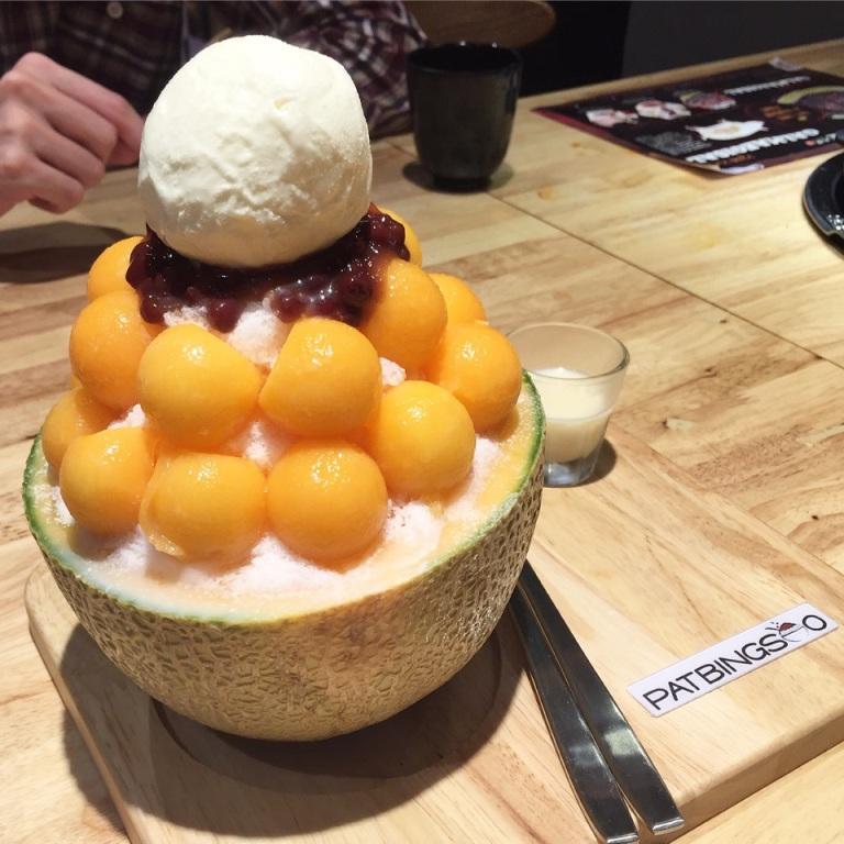 https: img.okezone.com content 2017 09 25 298 1782860 backpacker-diary-patbingsoo-dessert-khas-korea-yang-laris-manis-di-seluruh-dunia-EgXAwyXOzW.jpg