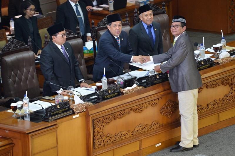 Walau PKS, PAN dan Gerindra Walk Out, Pansus KPK Tetap di Perpanjang