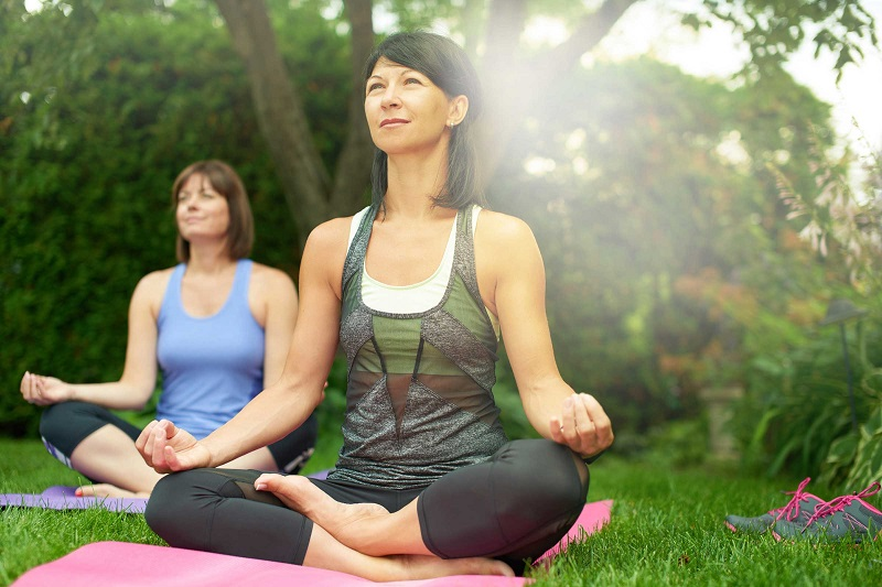 https: img.okezone.com content 2017 09 29 481 1785320 tidak-hanya-menenangkan-pikiran-meditasi-bisa-cegah-penyakit-jantung-wQtqiseK4A.jpg