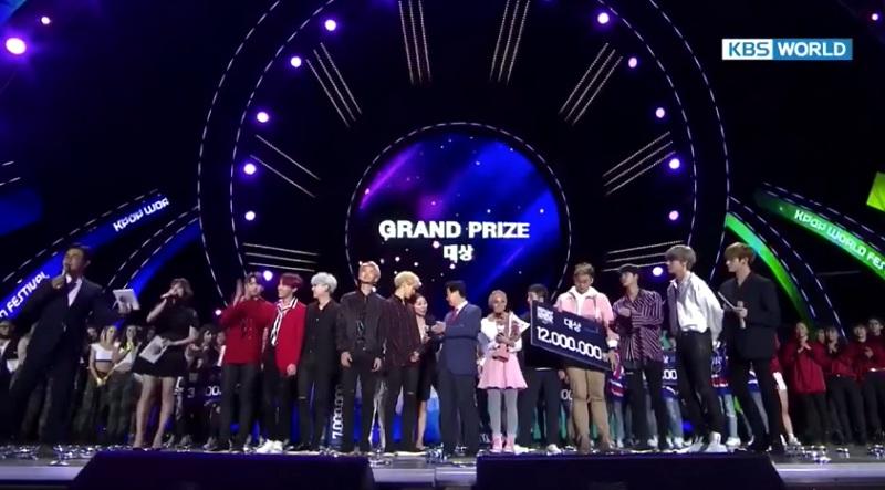 https: img.okezone.com content 2017 09 30 205 1786153 bikin-bangga-tiffani-dan-alphiandi-asal-indonesia-juarai-k-pop-world-festival-2017-di-korea-fbDTdfpR3B.jpg
