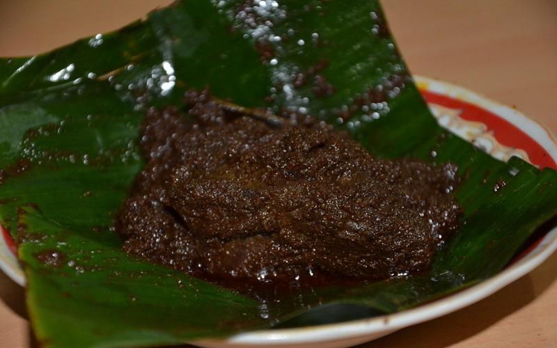 Ciri Ciri Rendang Enak Dimasak Dengan Kayu Bakar Hingga Warna Bumbunya Hitam Okezone Lifestyle