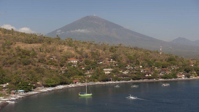 https: img.okezone.com content 2017 10 02 340 1786973 syukurlah-pvmbg-sebut-ada-penurunan-jumlah-gempa-gunung-agung-Zm2A6V5tYM.jpg