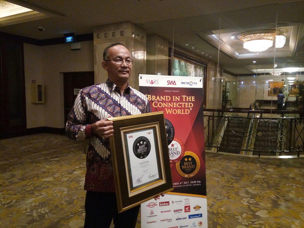 MSKY Top! MNC Sky Vision Kembali Raih Indonesia Best Brands Award 2017 : Okezone Economy