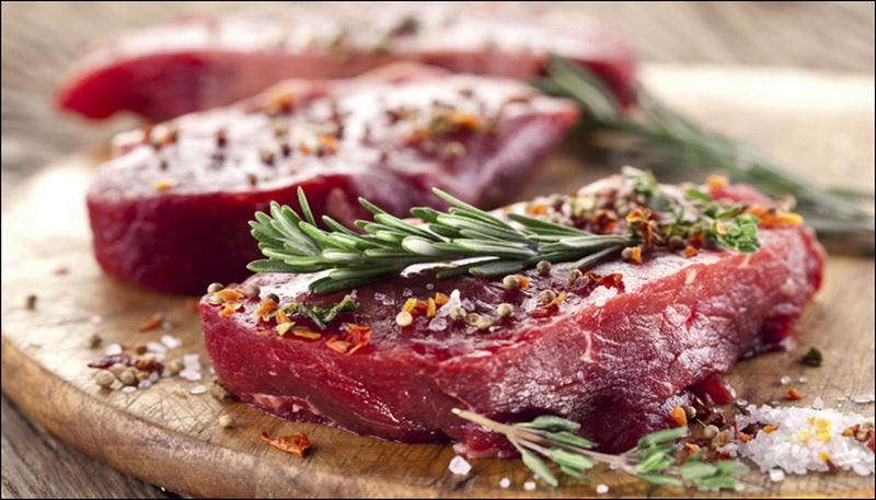 https: img.okezone.com content 2017 10 06 481 1790463 jangan-takut-makan-daging-merah-nutrisinya-tak-kalah-sehat-dengan-daging-putih-4tcXlwbN1N.jpg