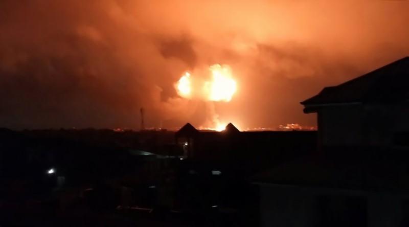 https: img.okezone.com content 2017 10 08 18 1791245 ledakan-dahsyat-depot-gas-ghana-tewaskan-setidaknya-enam-orang-P8v1cAtLpQ.JPG