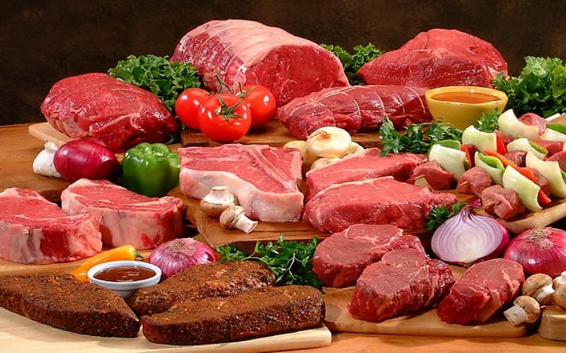 https: img.okezone.com content 2017 10 09 481 1791860 tips-memilih-daging-merah-yang-sehat-bebas-kolesterol-ini-rahasianya-PE2agjZPUv.jpg