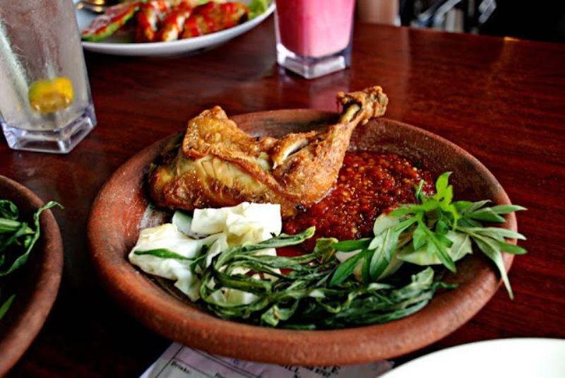 Resep Nenek Ayam Penyet Ayam Goreng Bawang Sambal Tomat Untuk
