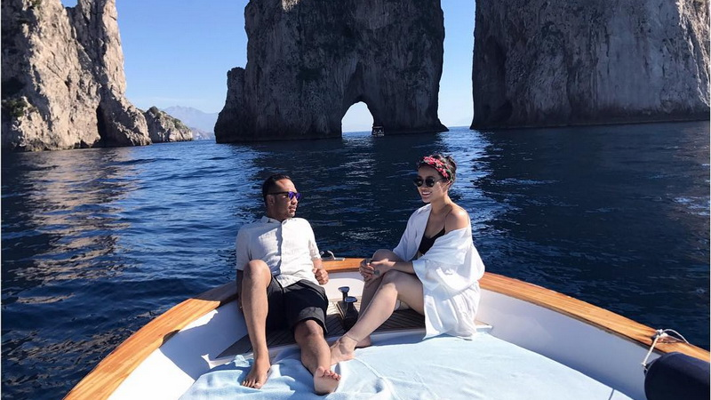 https: img.okezone.com content 2017 10 18 33 1797603 foto-liburan-ke-italia-ratu-felisha-positano-you-won-my-heart-zgP168fcAf.jpg