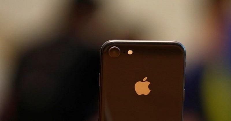 https: img.okezone.com content 2017 10 20 207 1799167 waduh-iphone-8-kurang-peminat-saham-apple-merosot-tFsGhDie7R.jpg