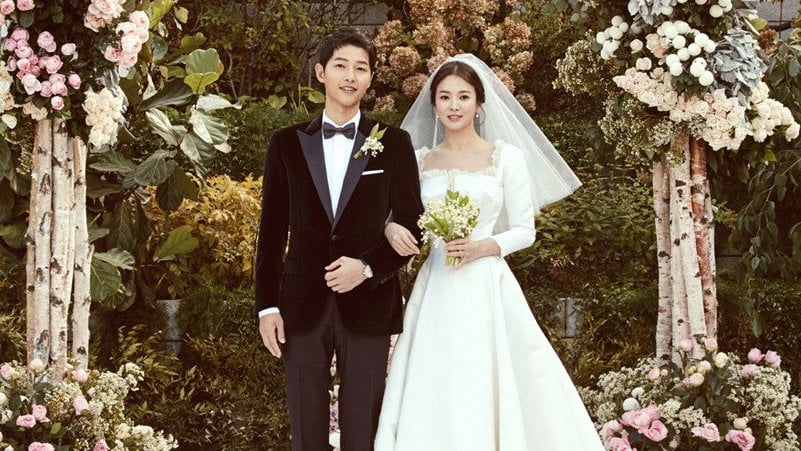 https: img.okezone.com content 2017 11 02 194 1807166 setelah-di-hotel-mewah-song-song-couple-bakal-gelar-pernikahan-adat-seperti-apa-ya-8ido2dcD2J.jpg