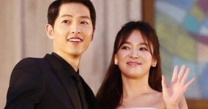 https: img.okezone.com content 2017 11 04 33 1808452 nikahi-song-hye-kyo-song-joong-ki-aku-bahagia-memilikinya-yEUIKyDNCw.jpg