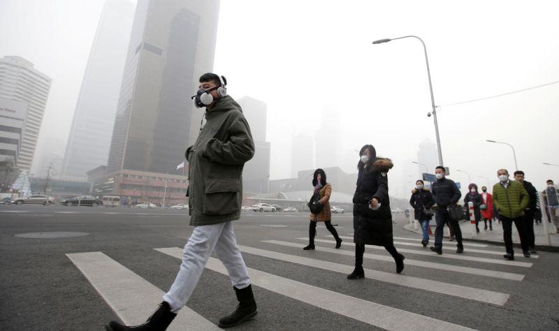 https: img.okezone.com content 2017 11 05 18 1808739 duh-tiap-tahun-jutaan-orang-di-dunia-kena-penyakit-ginjal-akibat-polusi-udara-vA8yAFN4wY.jpg