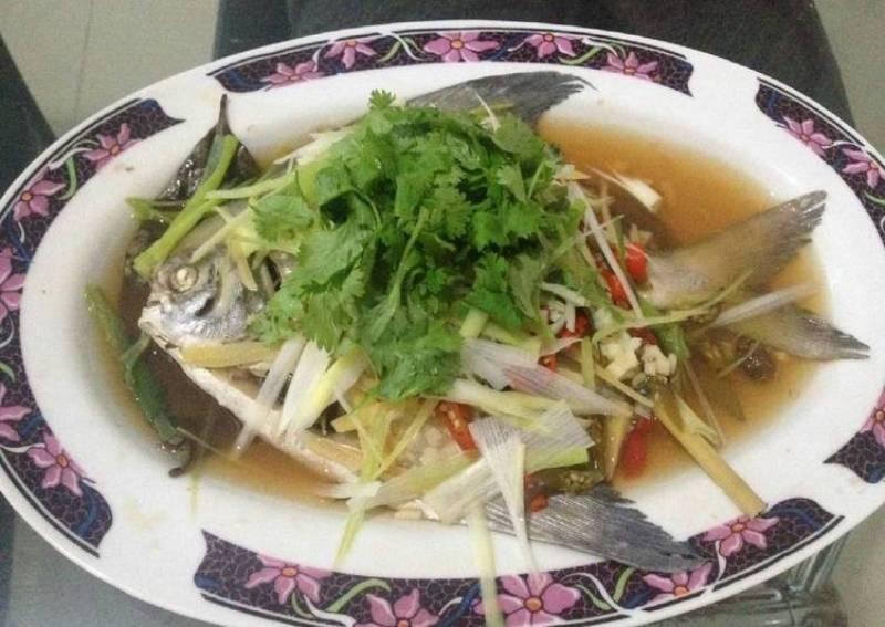 RESEP NENEK: Makan Malam dengan Ikan Kukus yang Lezat dan Kaya Nutrisi, Ini 2 Rekomendasi
