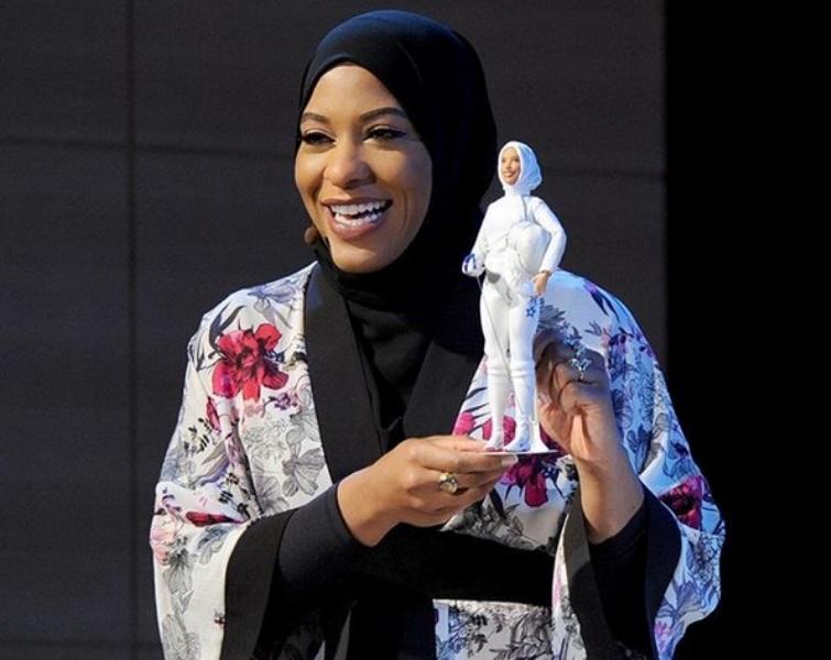 Bisa Disontek! Stylish-nya Penampilan Ibtihaj Muhammad Atlet Muslim AS yang Menginspirasi Barbie Hijab Pertama
