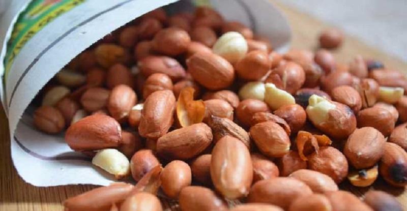 https: img.okezone.com content 2017 11 16 481 1814923 7-manfaat-terbaik-makan-kacang-tanah-cegah-penyakit-kronis-hingga-atasi-masalah-kesuburan-ukzCuv1gGg.jpg