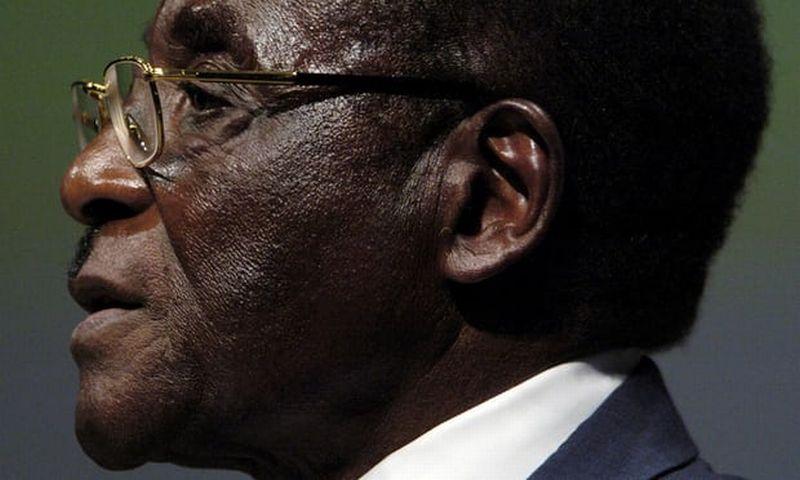 https: img.okezone.com content 2017 11 21 18 1818190 delapan-hari-penuh-drama-presiden-zimbabwe-akhirnya-resmi-mengundurkan-diri-jXKbTKJYBT.jpg
