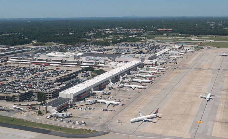 https: img.okezone.com content 2017 11 22 320 1818703 dana-pembangunan-bandara-ahmad-yani-capai-rp2-075-triliun-ap-i-baru-pakai-rp650-triliun-8eCMXqQlDf.jpg