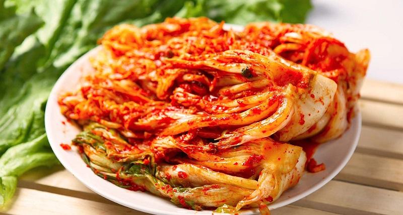 https: img.okezone.com content 2017 11 22 481 1818571 pedas-menohok-kimchi-makanan-fermentasi-yang-bagus-dikonsumsi-diabetesi-GjAlW9vzew.jpg