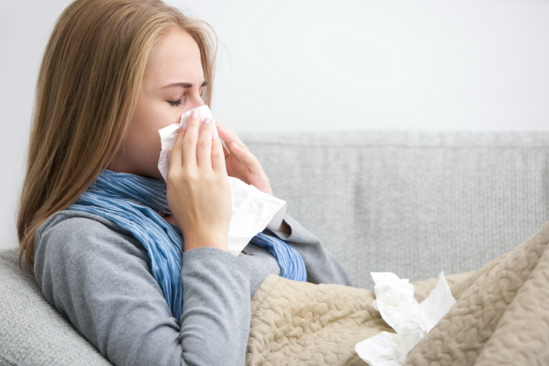 https: img.okezone.com content 2017 11 23 481 1819055 simpel-tanpa-ribet-trik-atasi-sakit-tenggorokan-saat-flu-tanpa-minum-obat-LyDqRKsvbJ.jpg