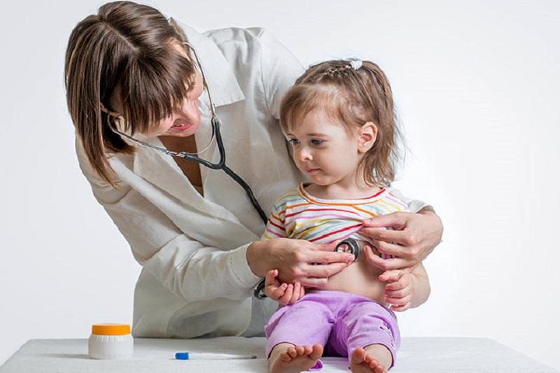 https: img.okezone.com content 2017 11 23 481 1819093 anak-mudah-marah-dan-lelah-waspadai-gejala-anemia-9fWgBcY0r0.jpg