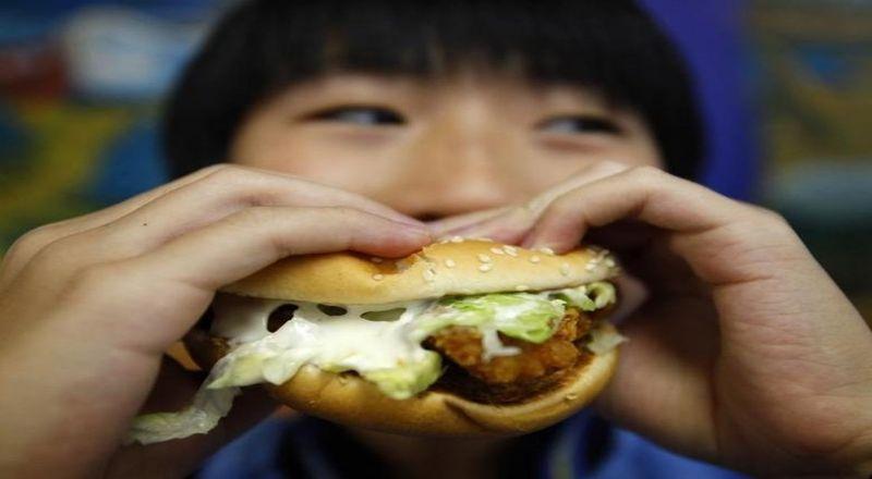 Inspirasi Bisnis Nikmatnya Waralaba Burger Omzet Rp6 Juta Balik