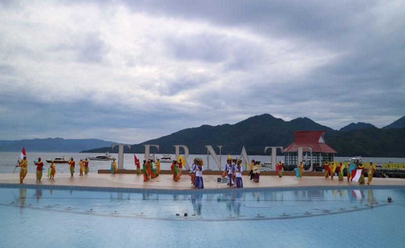 Festival Kora Kora Semarakkan Landmark Kota Ternate