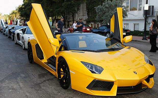 Harga Mobil Lamborghini: Lamborghini Adventador Ini Dijual Dengan Harga Rp54 Juta