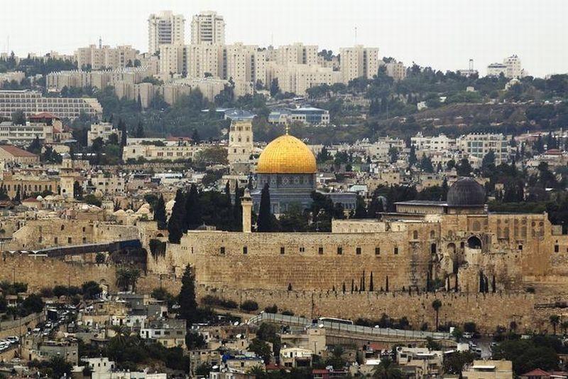 https: img.okezone.com content 2017 12 07 18 1827028 5-dampak-politis-rencana-pemindahan-kedubes-as-ke-yerusalem-BmNucMoBbF.jpg