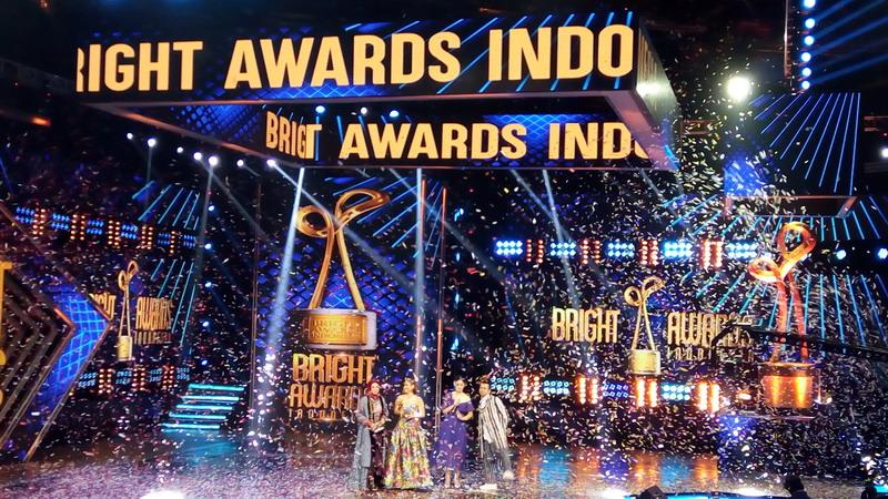 https: img.okezone.com content 2017 12 07 598 1826472 daftar-pemenang-bright-awards-indonesia-2017-ada-afgan-hingga-bcl-lho-4BI9LKizlB.jpg
