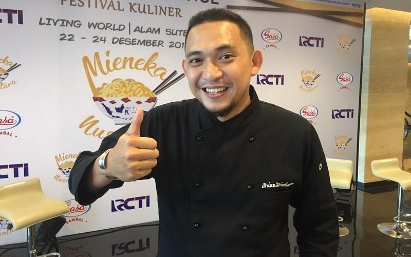 https: img.okezone.com content 2017 12 15 406 1831125 pengalaman-chef-brian-wicaksono-jadi-juru-masak-pribadi-anies-baswedan-5fwd5f8YD0.jpg