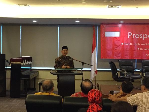 https: img.okezone.com content 2017 12 16 337 1831325 bicara-di-seminar-perhimpunan-indonesia-tionghoa-ketum-icmi-harapkan-sinergitas-dan-minimalkan-kesenjangan-CHns8hUJbr.jpg