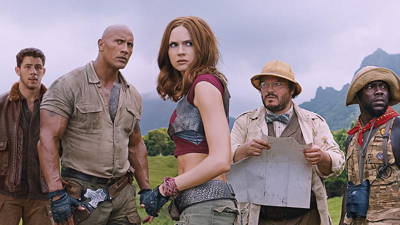 https: img.okezone.com content 2017 12 20 206 1833382 movie-review-jumanji-welcome-to-the-jungle-permainan-lama-dengan-cita-rasa-baru-0l2BBcgfLH.jpg