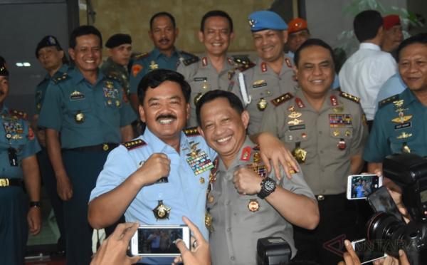 Panglima TNI dan Kapolri (Okezone)