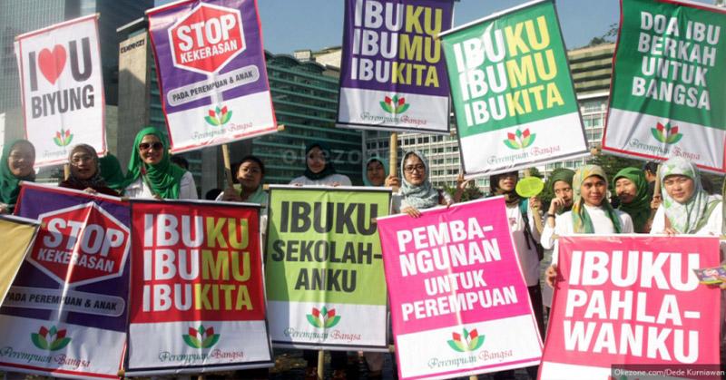 https: img.okezone.com content 2017 12 22 337 1834277 sejarah-hari-ibu-saat-kaum-perempuan-indonesia-ikut-perjuangkan-kemerdekaan-xuzknHfqCf.jpg