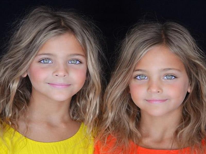 https: img.okezone.com content 2017 12 29 194 1837349 ternyata-hal-sepele-ini-menjadikan-bocah-kembar-supermodel-dunia-Wno9vTpQuv.jpg