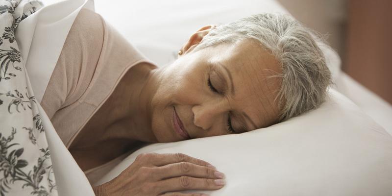 Lansia Lebih Sedikit durasi tidur dibandingkan usia muda Healthek.com