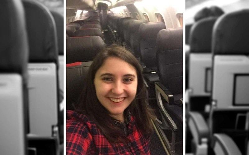 https: img.okezone.com content 2018 01 05 406 1840841 penerbangan-batal-perempuan-ini-jadi-satu-satunya-penumpang-di-pesawat-uwIWCpL2JA.jpg