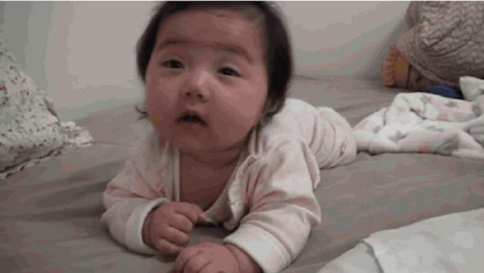 Https Img O Okeinfo Net Content    Lucunya Tingkah Lucu Bayi