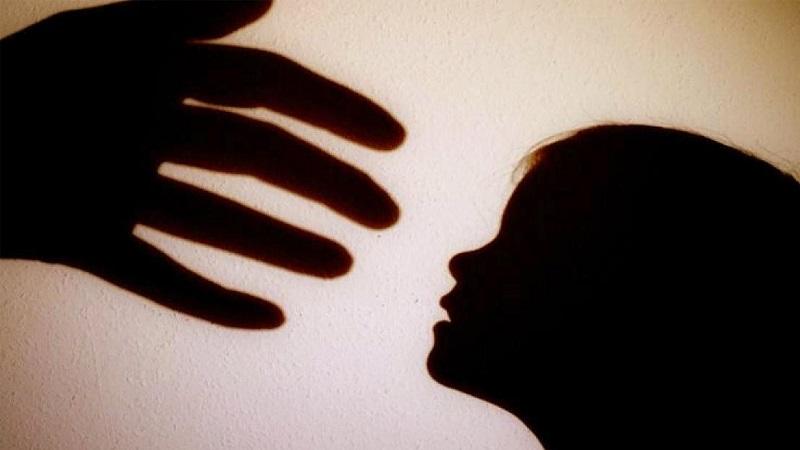 https: img.okezone.com content 2018 01 06 481 1841170 pedofilia-terjadi-akibat-pelakunya-alami-kelainan-saraf-otak-rbHd5bUEpE.jpg
