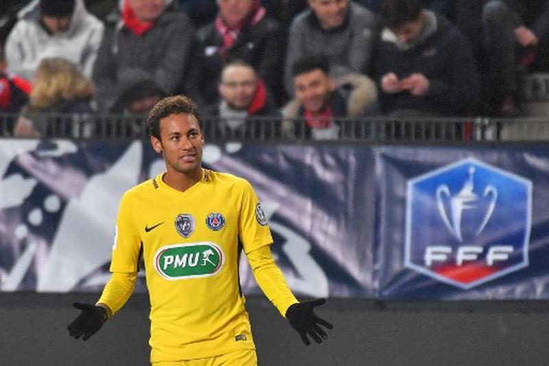 https: img.okezone.com content 2018 01 12 51 1844173 ronaldo-kepindahan-neymar-ke-psg-sebuah-kemunduran-xLjjBiWpyb.jpg