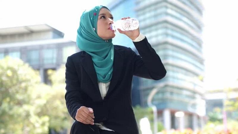 satu mare single muslim girls Anunturi sex femei singure sau maritate ce vor sa isi insele barbatii chat online cu fete reale care fac sex la prima intalnire i-a id de facebook si fute.