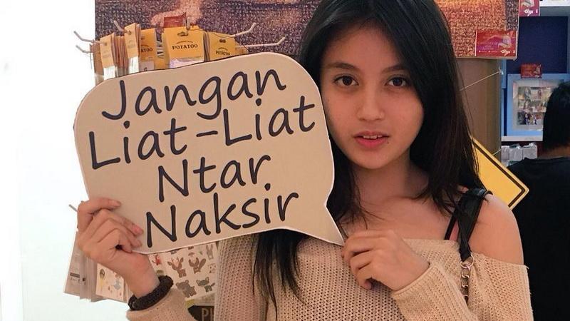 JKT48: Gelap Terang Grup Idola - today.line.me