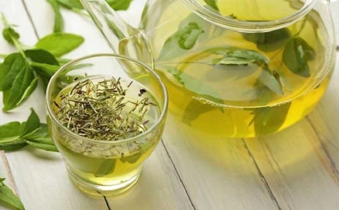 Seperti halnya teh hijau, teh oolong pun tidak mengandung kalori, lemak, protein, dan karbohidrat.