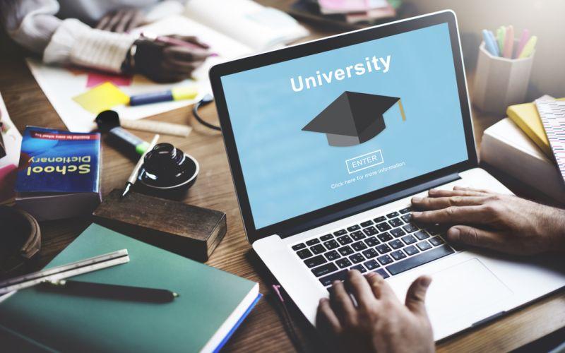https: img.okezone.com content 2018 01 22 65 1848368 kampus-asing-berdiri-di-indonesia-perguruan-tinggi-indonesia-harus-mampu-bersaing-X9ktOCGA4W.jpg