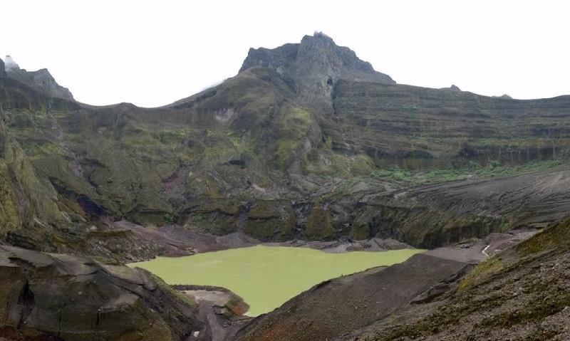 https: img.okezone.com content 2018 01 23 406 1849070 objek-wisata-gunung-kelud-dibuka-untuk-umum-pada-2019-e9wXR8vkX9.jpg